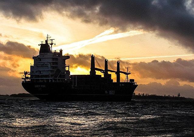油船(资料图片)