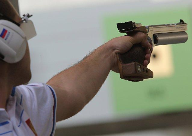致伤性手枪