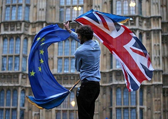 英国政府可以在无协议退欧的情况下实施戒严