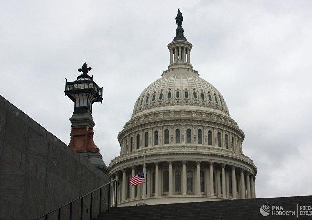 美国众议院通过12月20日前临时预算