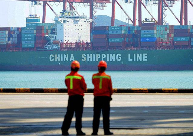 美国宣布5月10日起上调中国输美商品关税至25%