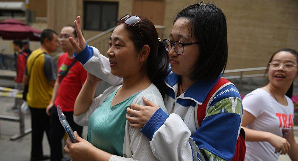 中国教育部:2020年全国高考推迟至7月7日-8日举行 延期一个月