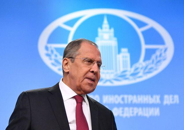 俄外长:俄罗斯愿意为挽救《中导条约》继续与美国进行对话