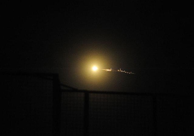 叙防空系统击退以色列的攻击 (资料图片)