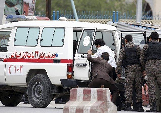 阿富汗葬礼发生爆炸导致32人死亡 103人受伤