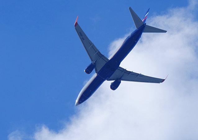 一架从苏尔古特飞往莫斯科的航班因可能出现异常返航