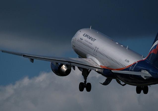 俄罗斯将恢复与四国的空中交通