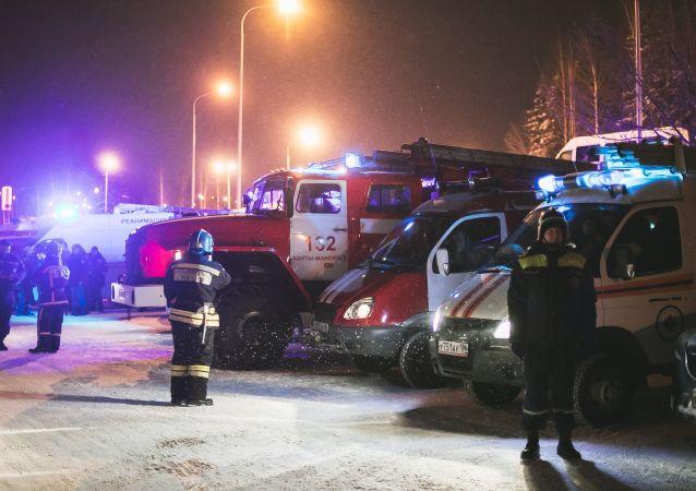 俄苏尔古特机场两架飞机在停机坪相撞 无人员伤亡