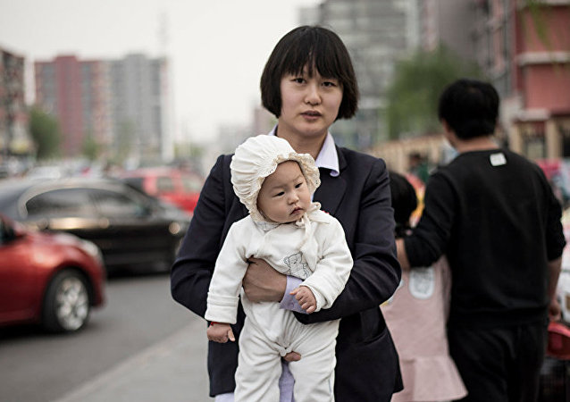 专家:保障未婚女性生育权体现了文明的进步