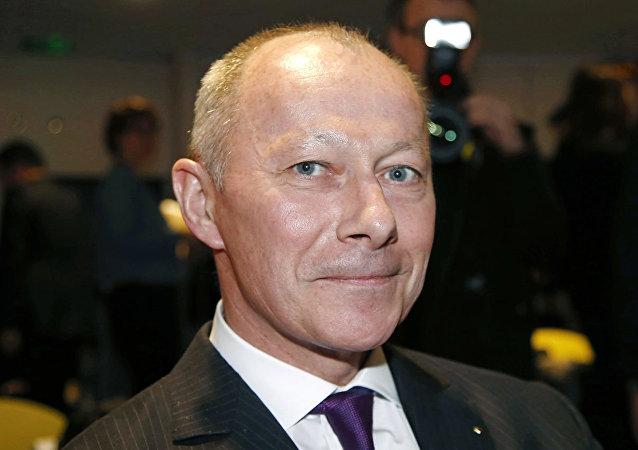 雷诺集团任命新首席执行官取代被捕的戈恩
