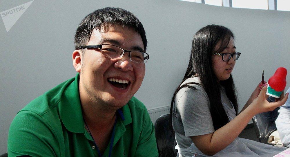 Дружба между китайскими и российскими студентами.