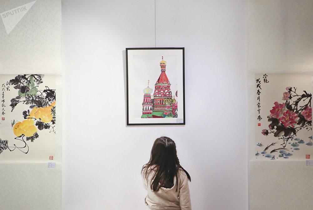 """在俄罗斯""""欢度春节"""""""
