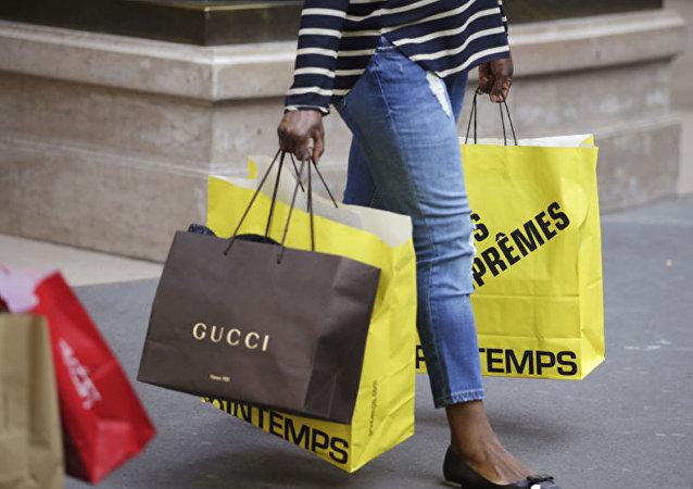 纸袋不是塑料的环保替代品