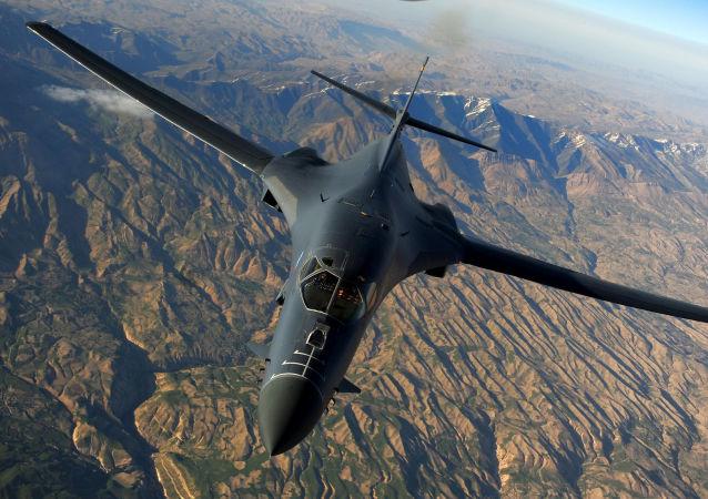 B-1B Lancer战略轰炸机