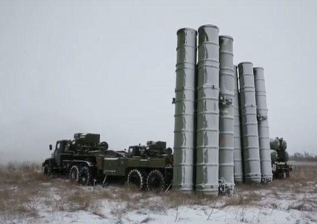 S-300防空导弹营已在塔吉克斯坦进入战斗执勤