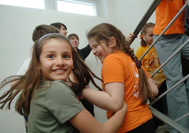 媒体:俄罗斯中小学将配备脸部识别系统