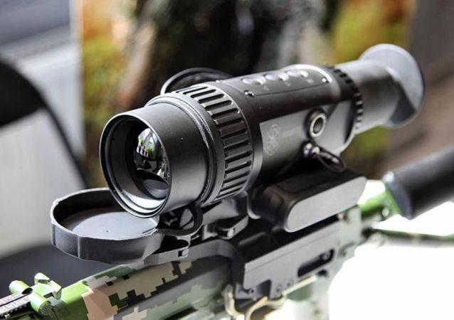 热成像仪瞄准器