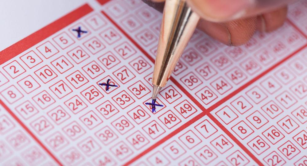 加拿大夫妇在最后时刻发现了遗忘的彩票,成为了彩票百万富翁