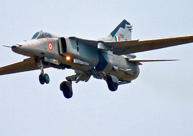 米格-27歼击轰炸机