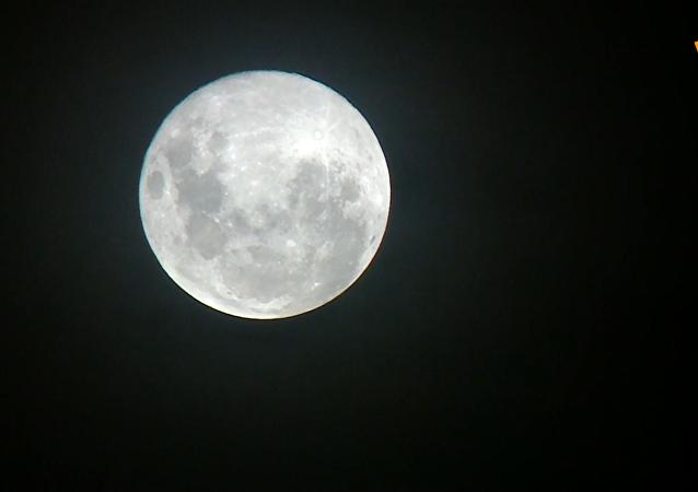 今年最大超级月亮