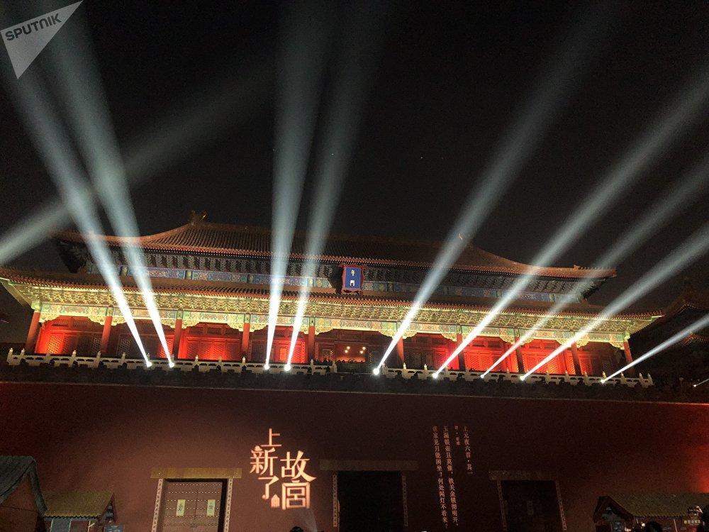 元宵节夜游紫禁城:故宫首次夜间开放