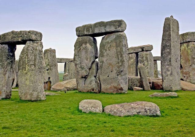 科学家们发现巨石阵二环石头的出处