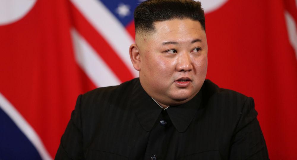 金正恩首次回答外国记者提问