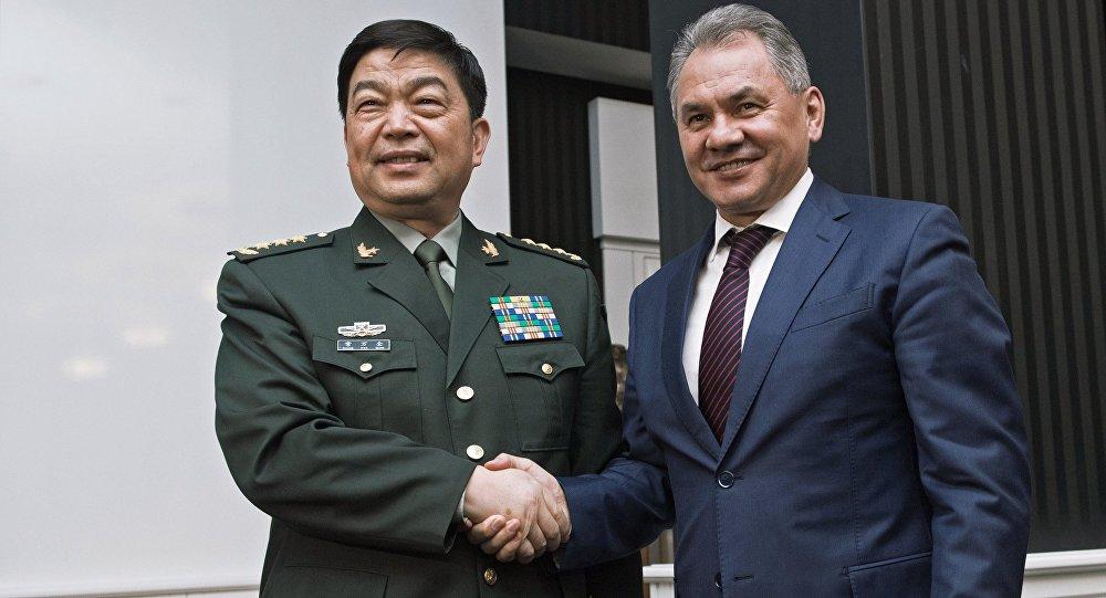 中俄印防长磋商机制将增强欧亚三角战略实力