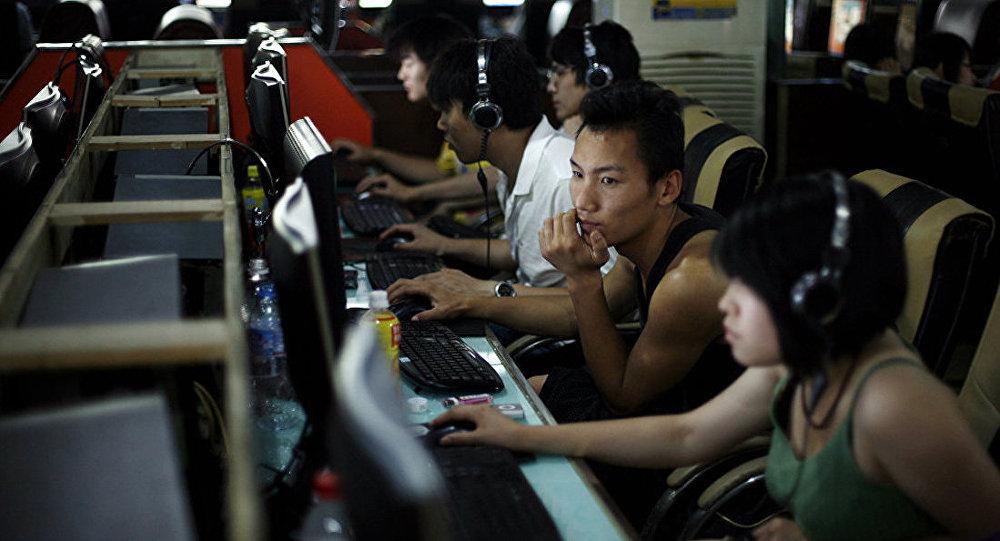 中国青年人如何在电竞酒店中过夜