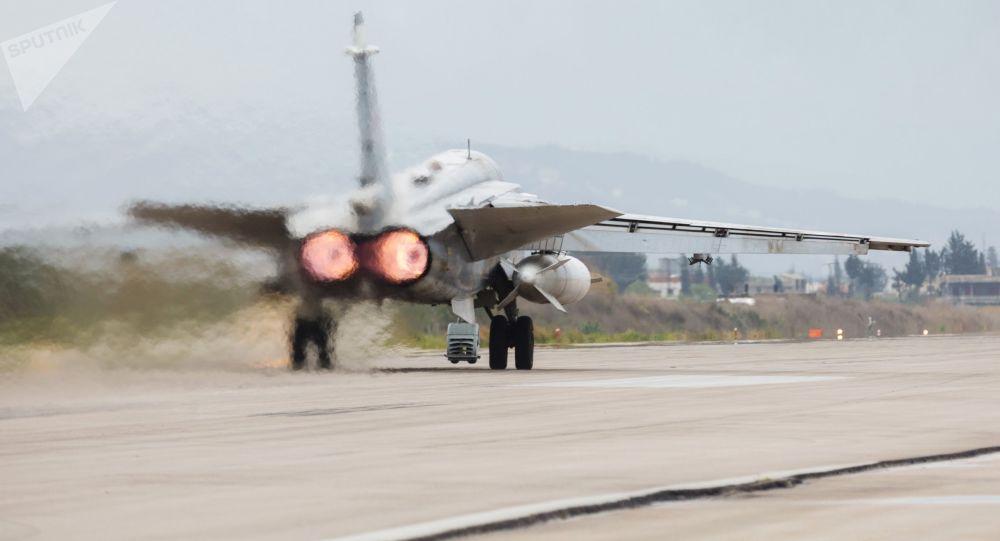 俄空天军飞机根据土耳其提供的坐标对叙利亚伊德利卜的恐怖分子发动了4次炸弹袭击