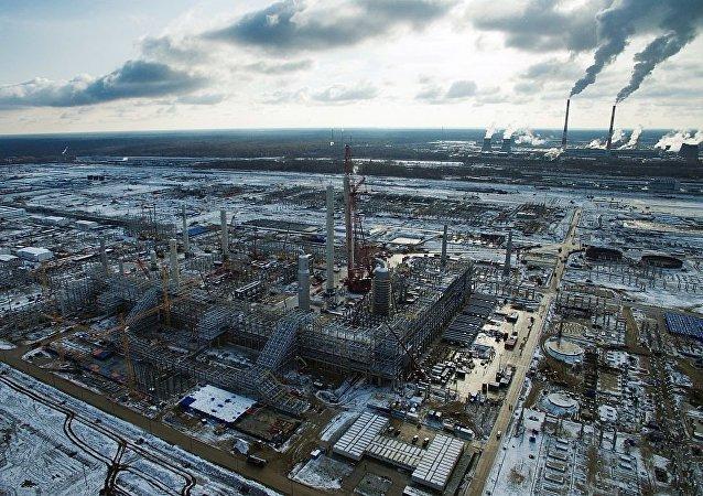 俄总理批准石油化工发展计划