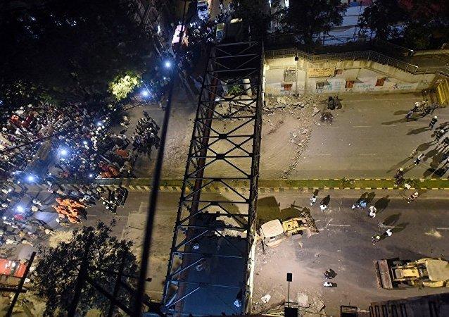 孟买天桥坍塌(资料图片)