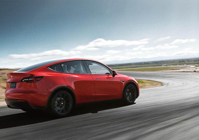特斯拉(Tesla Model Y)