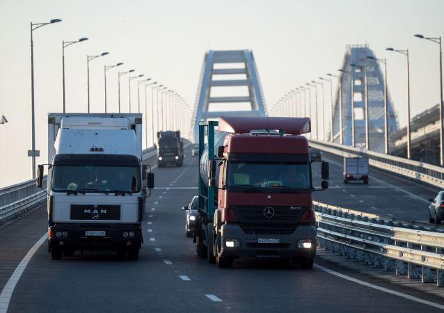 普京:必须保障俄交通综合体的整体稳定