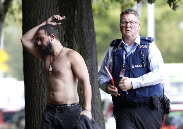 目击者谈新西兰清真寺枪击事件