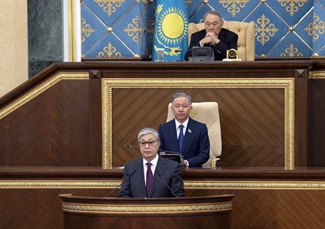 纳扎尔巴耶夫呼吁哈萨克斯坦人在该国总统选举中支持托卡耶夫