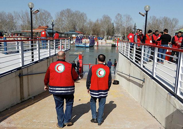 伊拉克摩苏尔渡轮倾覆致死人数上升至96人