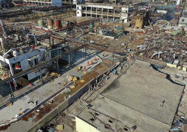 中国今年1至11月共发生化工事故127起 死亡157人