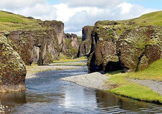 冰岛羽毛河峡谷