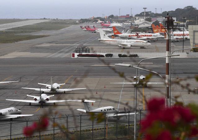 俄驻委内瑞拉大使:俄委双方正讨论为直航航班添设货运的可能性