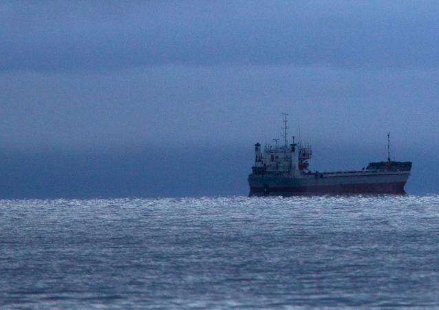 中国籍船舶2020年经北方海路运输货物16多万吨