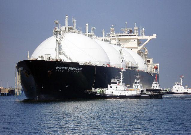 专家:到2030年北方海路液化天然气运输规模至少将达200亿美元