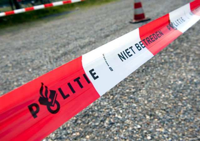 Полицейское ограждение в Голландии.