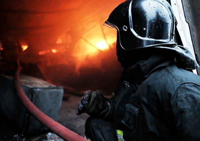 俄紧急情况部:外贝加尔大火造成约110栋房被烧毁