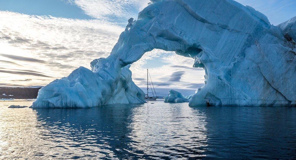 北极冰盖达到年度最低值