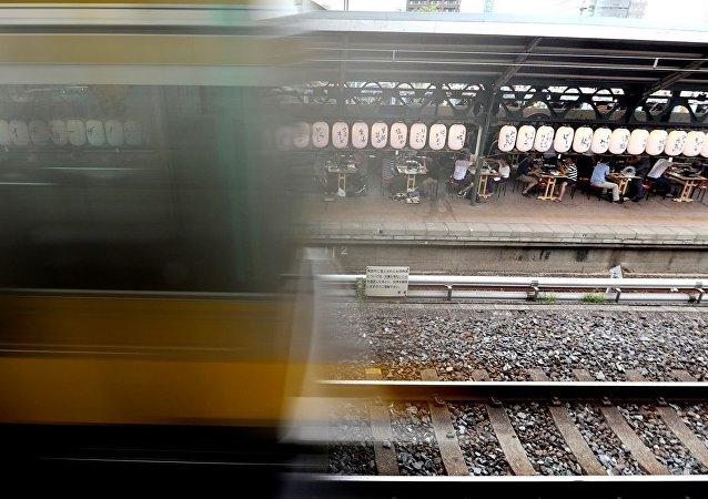 日本设立一个没有入口和出口的火车站