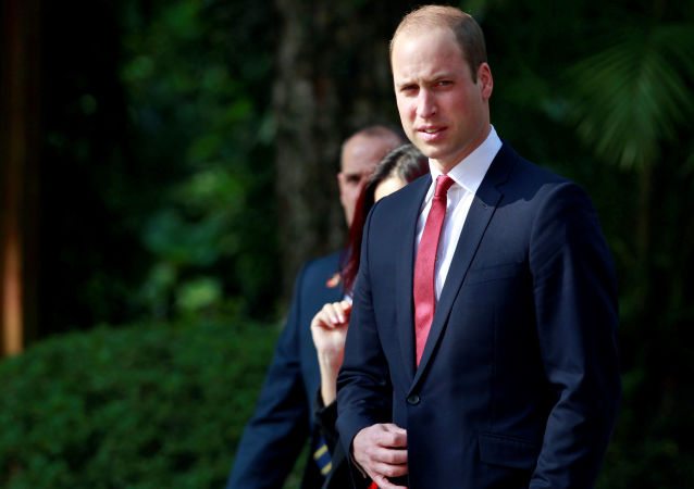 威廉王子允许急救直升机在其私人草坪上加油