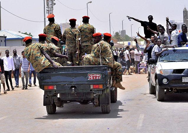 苏丹安全部队包围喀土穆市多家医院