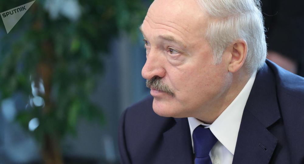 卢卡申科称,中国从财政上帮助白俄罗斯制造火箭