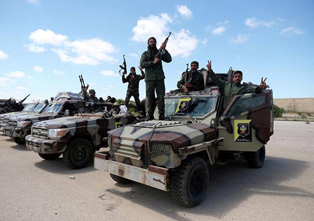 利比亚国民军给忠于萨拉杰的部队72小时时间离开的黎波里和苏尔特